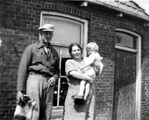 jacob janke harmke hondje plm 1946